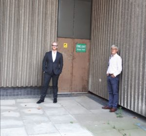 Picture of Catalyst risk specialists Stephen Loosley and Christian Lee outside the old Sampson House crisis centre, the 'bunker' from which they handled the 'nastiest, riskiest' part of the Lehman Brothers default in 2008